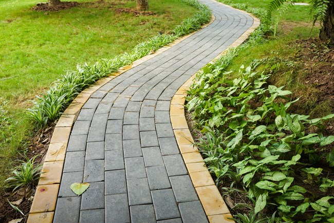 Landscaping Ideas: Great Garden Paving Options for Your Garden